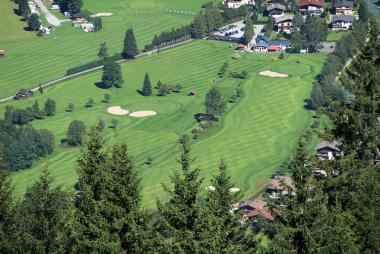 Pohled na golfové hřiště Gastein, Rakousko